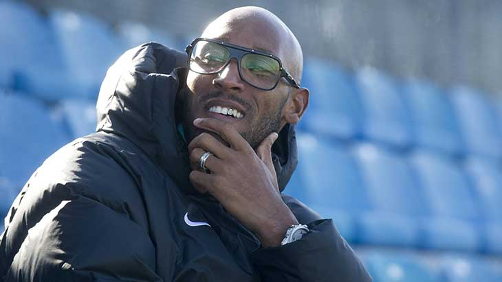 anelka-sourire-lunettes