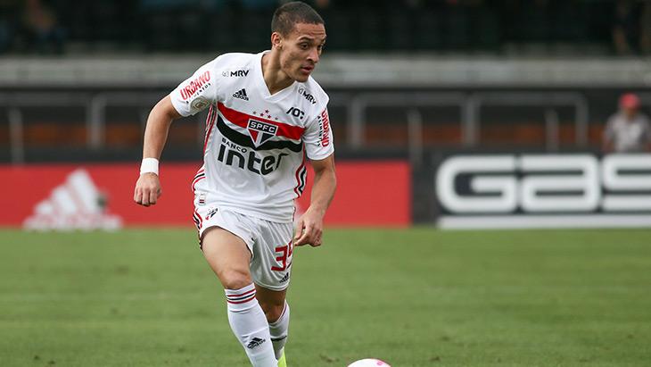 L'Ajax recrute le prometteur ailier brésilien Antony — Officiel