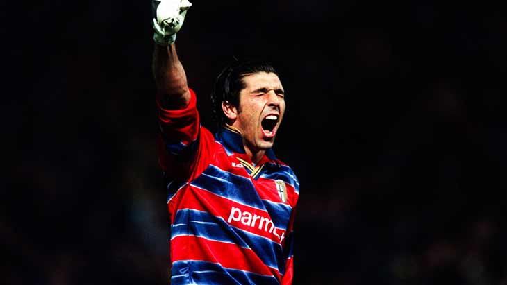 buffon-parme-poing-joie