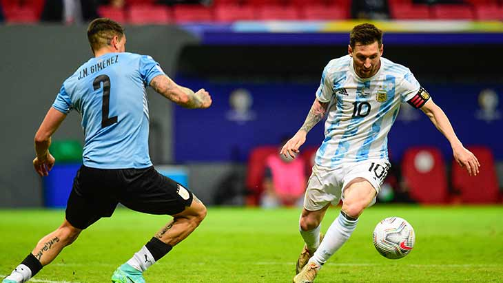 gimenez-messi-argentine-uruguay
