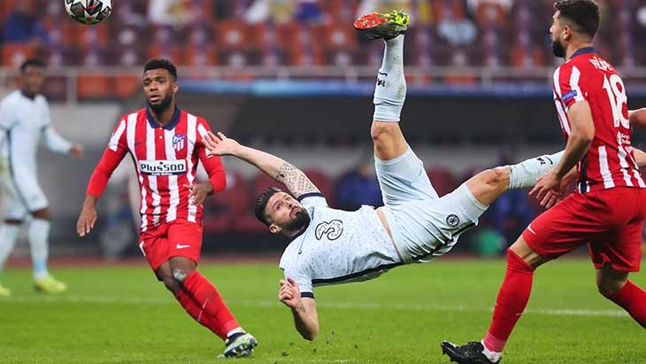 Giroud retourne Chelsea