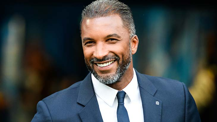 Officiel : Habib Bèye prolonge son contrat à Canal +
