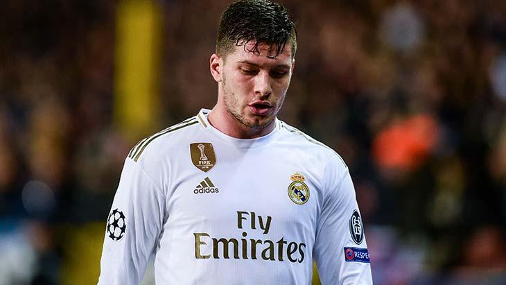 Real Madrid : Jovic se fracture le talon chez lui