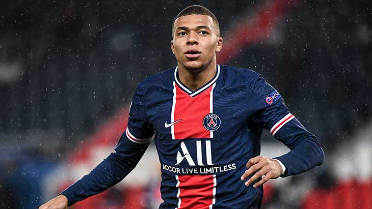 International : PSG : Leonardo a rencontré le clan Mbappé