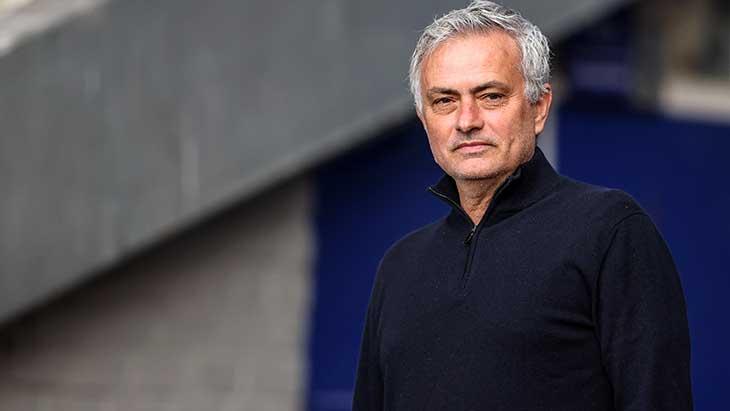 mourinho-tottenham-2021-ne