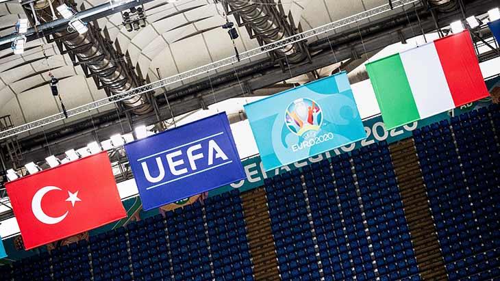 turquie-italie-drapeaux