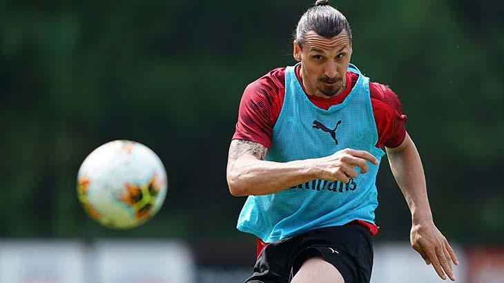 Zlatan Ibrahimovic gravement blessé avec l'AC Milan — Serie A